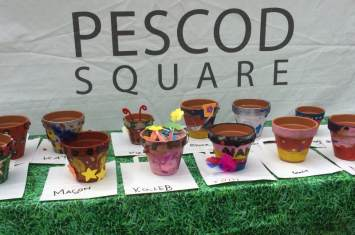Pescod Square Flower Pot Painting 20