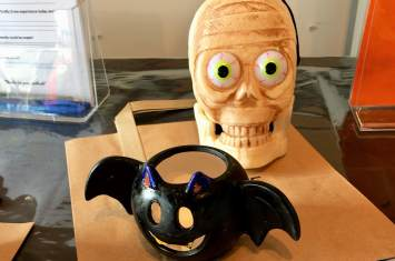 Bat and Pumpkin Ceramic Tealight Holder Decorating 10
