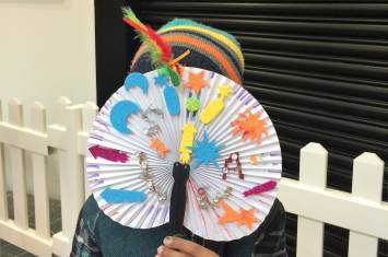 Chinese fan decorating 21