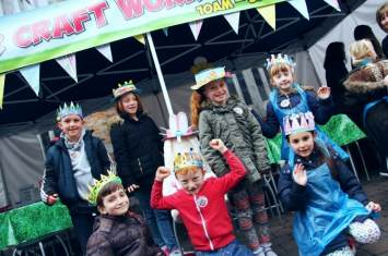 Easter Bonnet and Crown Decorating Workshop 1
