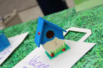 Wooden Bird Box Decorating 17